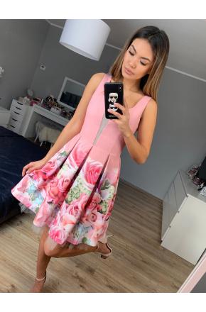 Różowa sukienka z kwiatowym dołem KM264-3
