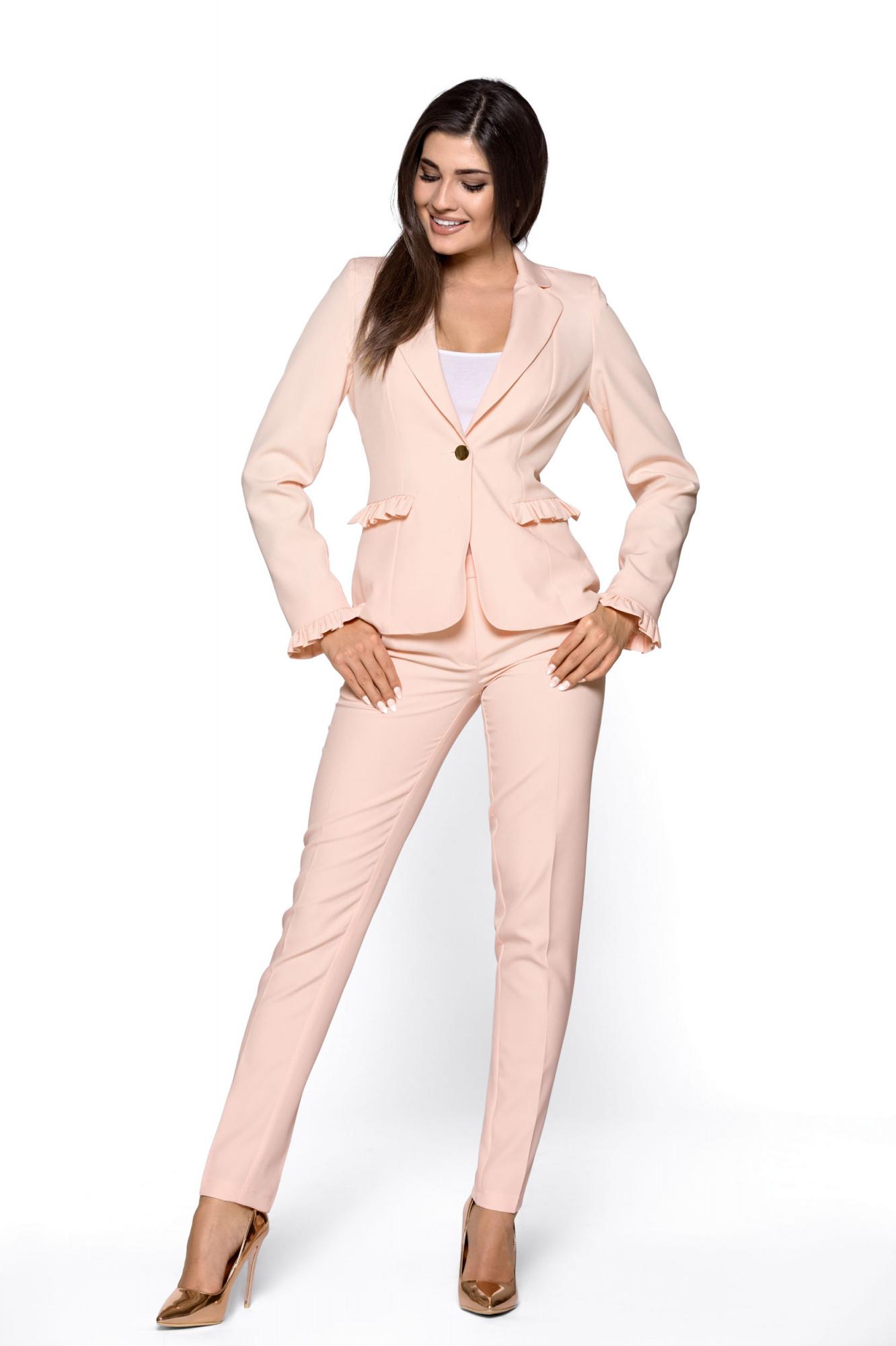50dbfa4e17157 Elegancki garnitur damski z falbankami KM265-3 - ❤ Kartes-Moda ❤