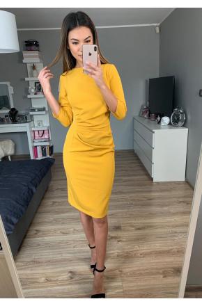 Elegancka sukienka z drapowaniem km285-7