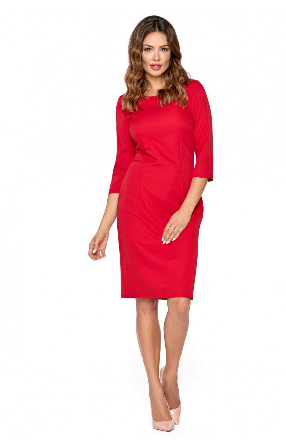 Miękki materiał decyduje o wygodzie noszenia, a krój i kolor czynią ją odpowiednią na wiele okazji.