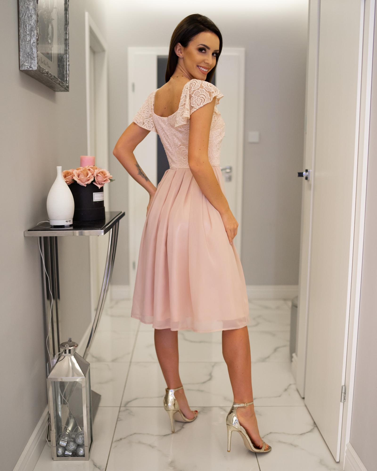 c55f9971a9 Julia- Elegancka sukienka midi na wesele z koronką KM313-4 ...
