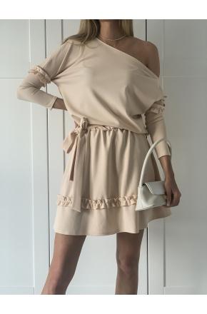 Clara beżowa dzianinowa sukienka oversize KM333-3