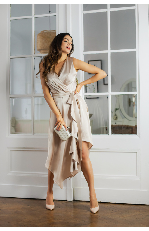 Wiki zwiewna beżowa sukienka na wesele KM338-3