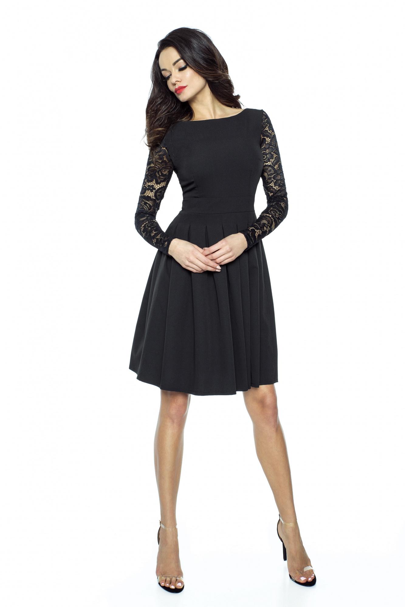 48e5111a01 Jak dobrać sukienkę do figury  - Kartes-Moda