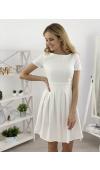 Stylowa, kremowa sukienka do kolan z krótkim rękawem. Doskonała na ślub cywilny!