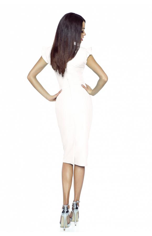 Doskonała na dowolną okazję, kremowa sukienka o klasycznym kroju i efektownych zdobieniach.