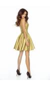 Gorset z fiszbinami i rozkloszowana spódnica nadają sylwetce doskonałych proporcji!