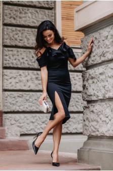 Najmodniejsze sukienki hiszpanki w 2022 - jak je nosić?
