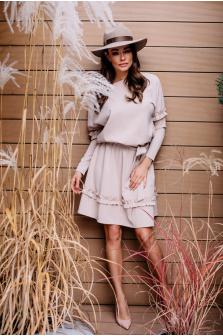 Tania sukienka karnawałowa - czy warto kupić?