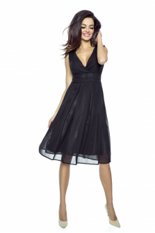 Czarna sukienka na studniówkę - czy to dobry wybór?