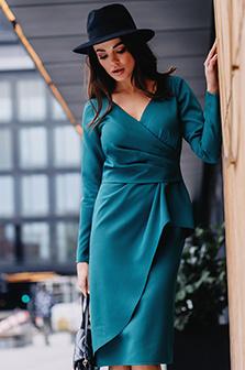 Jaki kolor sukienki wybrać na wesele?