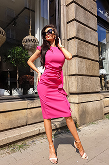 Sukienki weselne - długie czy krótkie?